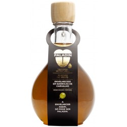 Aged White Wine Vinegar bottle in Portuguese