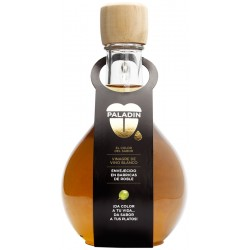 Aged White Wine Vinegar bottle in Spanish